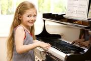 Детское обучение игре на фортепиано на дому